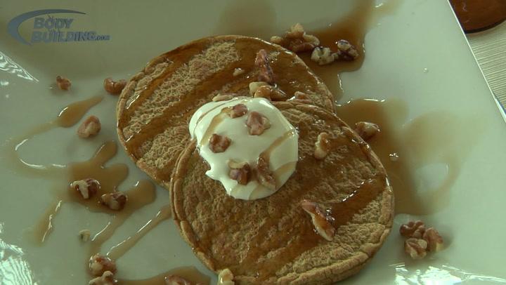 Pumpkin Spice Pancakes | Jamie Eason