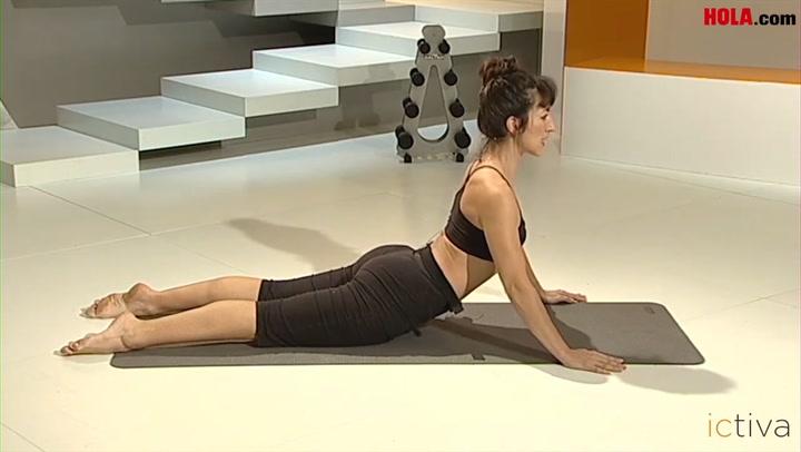\'El balancín\' y otras posturas de Pilates para cuidar de tu espalda