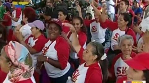 Fonsi y Daddy Yankee condenan versión de Maduro de