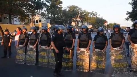 Oposición paraguaya denuncia irregularidades en presidenciales