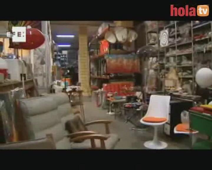 6000 objetos de las películas de Almodóvar se ponen a la venta