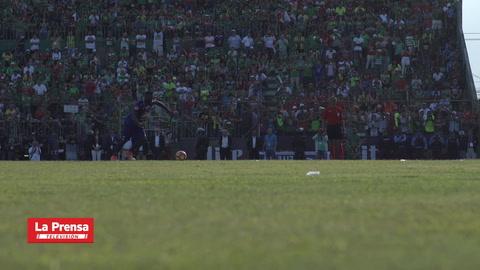 ¡Agonizante! así se vivió la tanda de penales en la gran final de Honduras