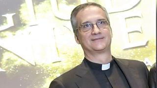 Dimite jefe de comunicación de Vaticano por escándalo