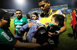 Jordy Castro, el héroe sin capa del caos en el estadio Morazán