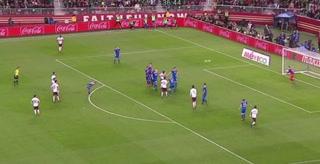 Golazo de tiro libre de Marco Fabián pone a ganar a México ante Islandia