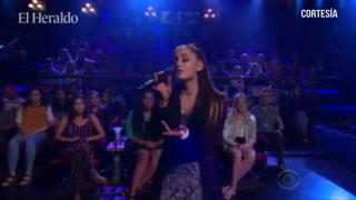 Ariana Grande interpretar el tema de Titanic