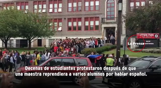 EUA: estudiantes protestan después de que maestra les ordena que hablen 'americano'