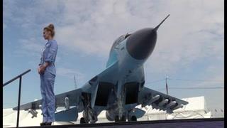 Rusia exhibe por primera vez el nuevo MiG-35 en vuelo