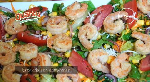 Aprende a preparar una deliciosa ensalada con camarones