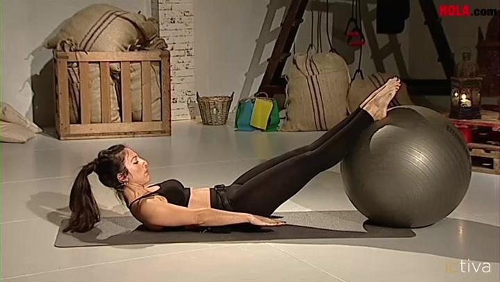 Ejercicios de Pilates con \'fitball\'