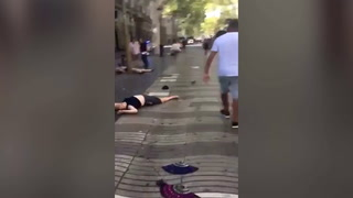 Brutal video tras atentado terrorista en Las Ramblas, Barcelona