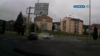 Kavşakta durmayan sürücü kazayı böyle çağırdı