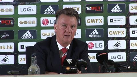 Video: Louis van Gaal cracks over goalkeeper questions