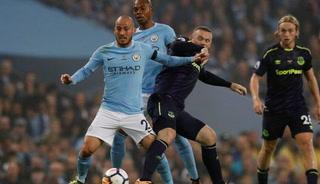 Manchester City sufre para sacar un empate contra el Everton