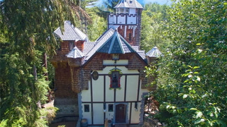 Rule Your Own Kingdom in This Magnificent Washington Castle