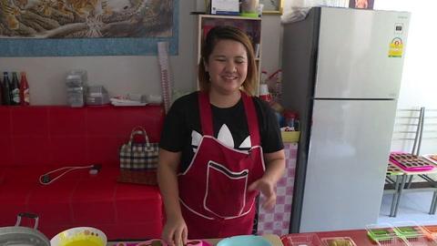 ¿Y de postre? Pasteles con forma de caca de perro en Bangkok