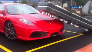 Ferrari'nin üzerine lodosta tabela düştü