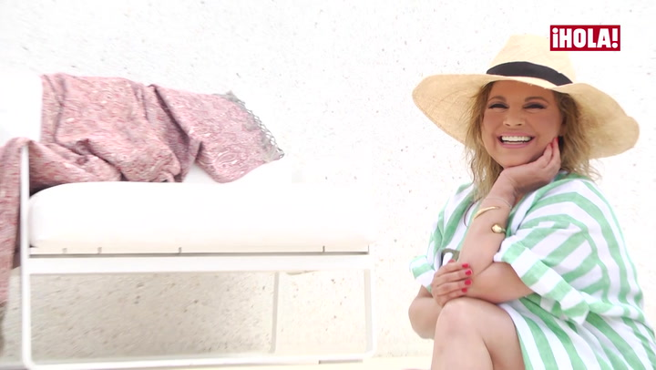 El making of de ¡HOLA!, Terelu Campos posa, como nunca, en la piscina que tiene en su tríplex