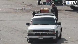 Huachicoleros' venden gasolina en central de Puebla