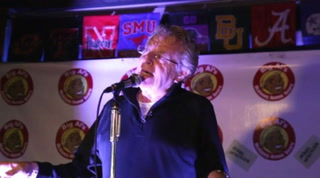 Jerry Springer Sings Elvis Karaoke at McKinney Avenue Tavern
