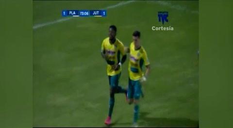 Gol de Franco Guity al Platense (Liga Nacional 2017)