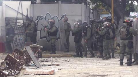 Oposición venezolana llama a huelga de dos días contra Maduro