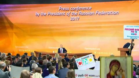 Putin rechaza acusaciones y se erige en garante de estabilidad