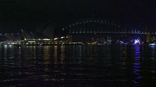 Hora del Planeta oscurece grandes ciudades por desafío climático