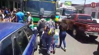 Abarrotadas terminales de buses previo a Semana Santa