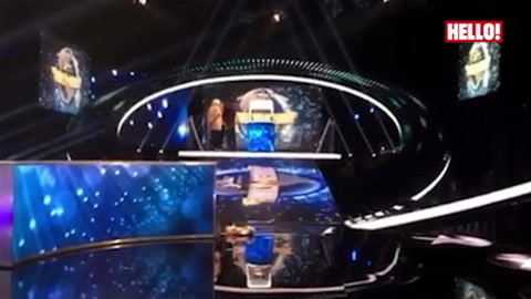 Behind The Scenes snippet of Nick\'s new Saturday night quiz show 5 Star Family Reunion