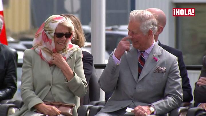 El ataque de risa incontenible del príncipe Carlos y la Duquesa de Cornualles