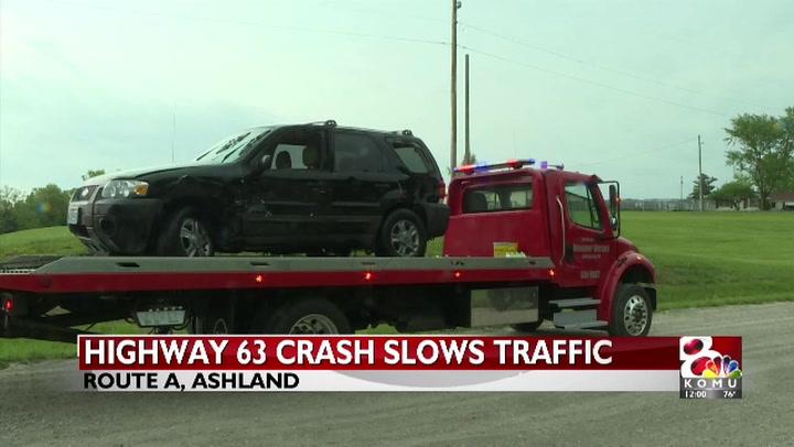 Car accident backs up traffic