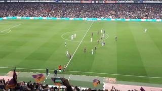 La ovacionada despedida de Iniesta en su último partido con el Barça