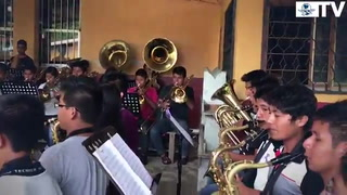 Con versión de 'Despacito', banda oaxaqueña gana fama