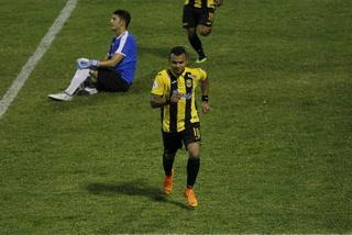 Real España liquidó al Honduras en 14 minutos pero termina sufriendo