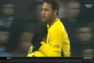 Mbappé y Neymar hacen pedazos a defensas en Francia y anotan golazos
