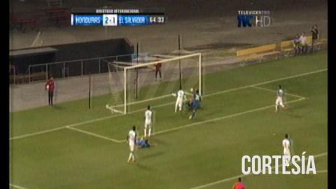 El Salvado anota ante Honduras 1-2 el marcador