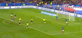 ¡Mbappé deja en el suelo a Aguilar! El gol más humillante de Francia a Colombia