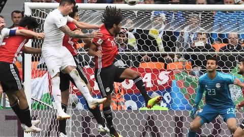 Uruguay gana 1-0 a Egipto en su arranque en el Mundial