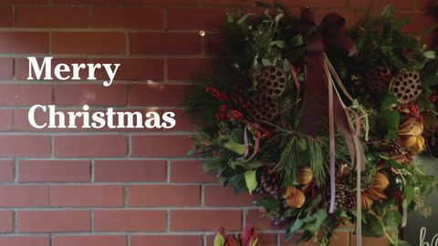 Video: make a Christmas wreath for your door