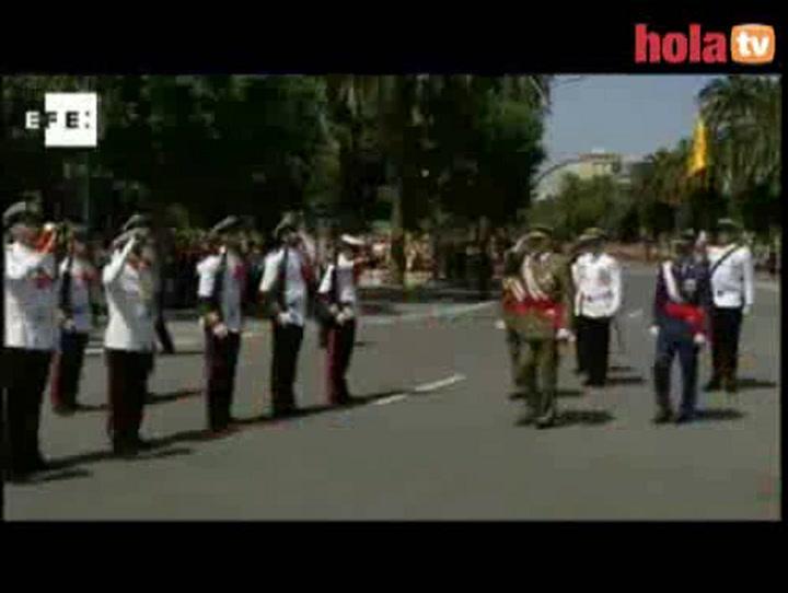 Los Reyes y los Príncipes de Asturias presiden el día de las Fuerzas Armadas en Málaga