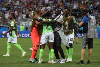 Nigeria vence a Islandia y le da vida a Argentina en el Mundial