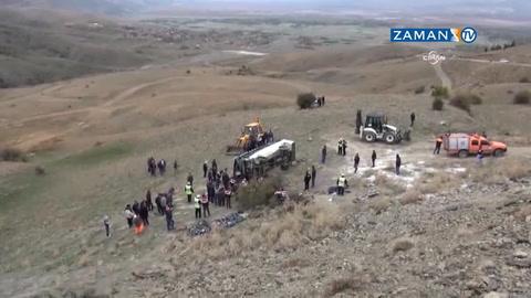 Öğrenci otobüsü kaza yaptı: 8 ölü, 19 yaralı
