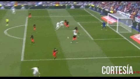 Real Madrid derrotó ante el Valencia 2-1 en el Santiago Bernabéu