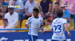 Con golazo del 'Choco' Lozano, Tenerife apunta a la primera división de España