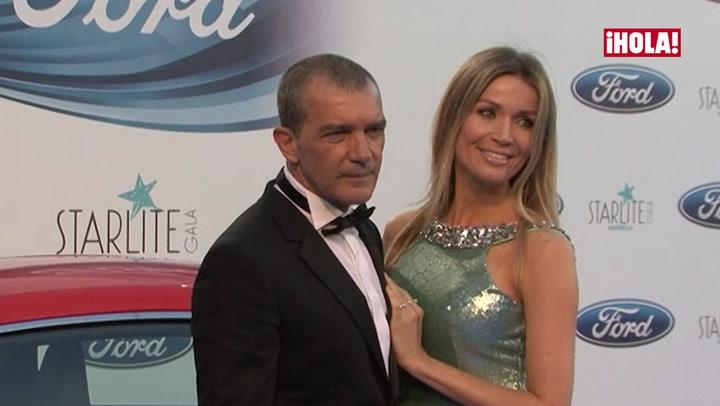 Antonio Banderas se lleva a su \'suegra\' de fiesta
