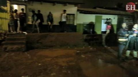 Inundaciones en la capital de Honduras luego de fuerte aguacero