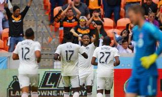 Romell Quioto y Alberth Elis anotan en goleada del Houston Dynamo sobre el Toronto en la MLS