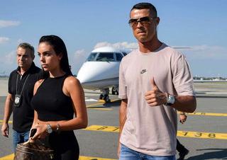 Cristiano Ronaldo llegó este día a Turín para ser presentado por la Juventus
