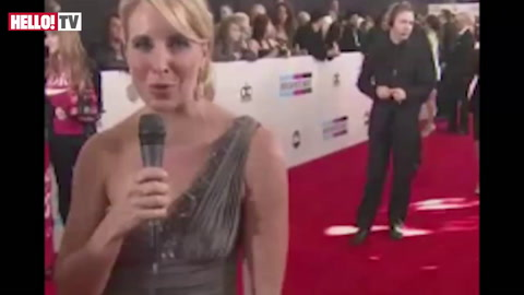 American music royalty hits red carpet for AMAs